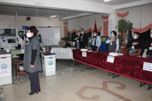 Наблюдатели от МПА СНГ присутствовали при открытии участков на досрочных выборах Президента Кыргызской Республики