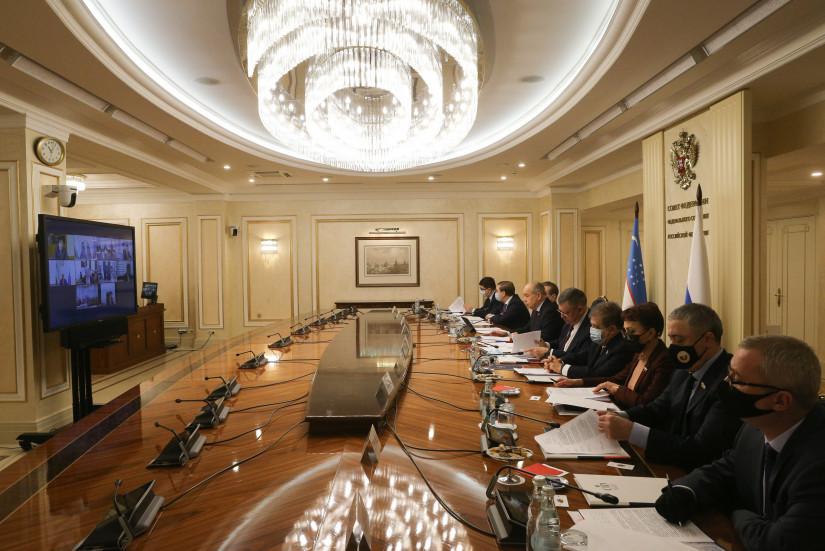 Сенаторы России и Узбекистана отметили важность гармонизации законодательства двух стран