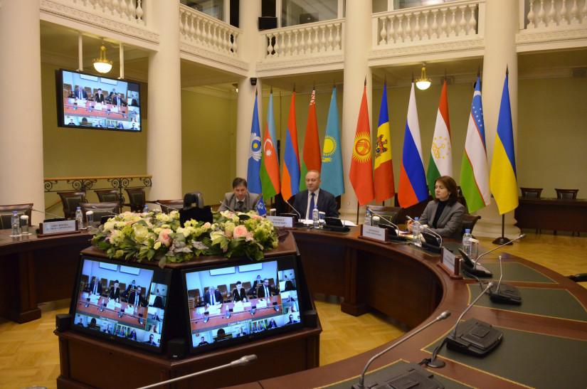 Представители МИМРД МПА СНГ приняли участие в круглом столе «Влияние информационной среды на общественное сознание»