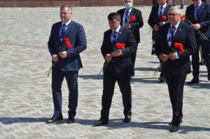 Наблюдатели от МПА СНГ посетили мемориал Ата-Бейит в Кыргызстане