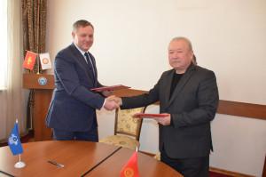 Секретариат Совета МПА СНГ заключил соглашения о сотрудничестве с ведущими вузами Кыргызской Республики