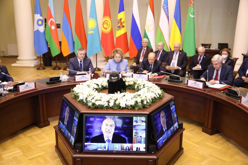 Прошла Международная парламентская конференция «Глобальные вызовы и угрозы в условиях пандемии COVID-19»