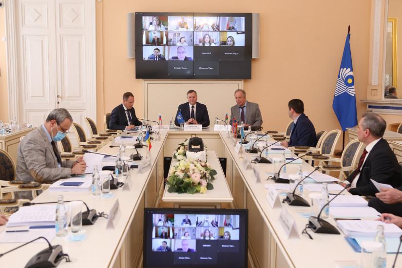 В Таврическом дворце состоялось заседание Постоянной комиссии МПА СНГ по правовым вопросам