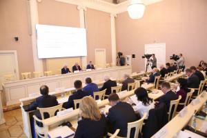 Российские сенаторы провели в Таврическом дворце выездное совещание по вопросам наблюдения за выборами