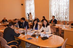 В Таврическом дворце прошла научно-практическая конференция «Участие молодежи в избирательном процессе: опыт государств — участников МПА СНГ»