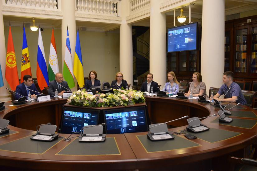 Дмитрий Кобицкий: Предвыборная агитация должна соответствовать принципам демократических выборов