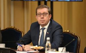 Более тысячи участников IX Невского международного экологического конгресса написали Экодиктант
