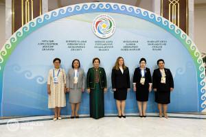 Женщины-парламентарии из стран СНГ участвуют в обсуждении вопросов достижения гендерного равенства