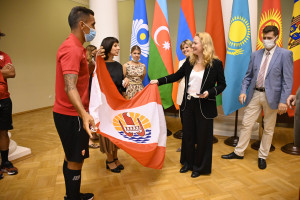 Таврический дворец посетила делегация Французской Полинезии