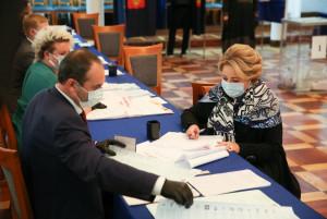 Valentina Matvienko Voted at Elections to State Duma