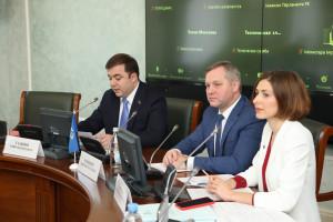 Молодые парламентарии обсудили пути развития молодежного туризма на пространстве СНГ
