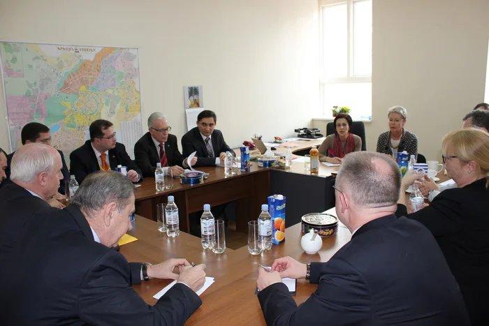 Наблюдатели от МПА СНГ встретились с коллегами из ПАСЕ