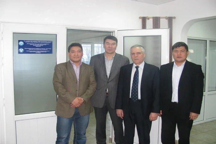 В Бишкеке стартовал конкурс исследовательских проектов