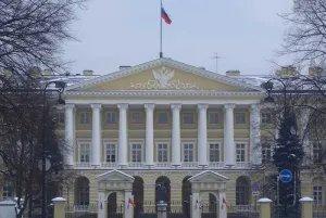 Представители Молодежной межпарламентской ассамблеи СНГ посетили Смольный
