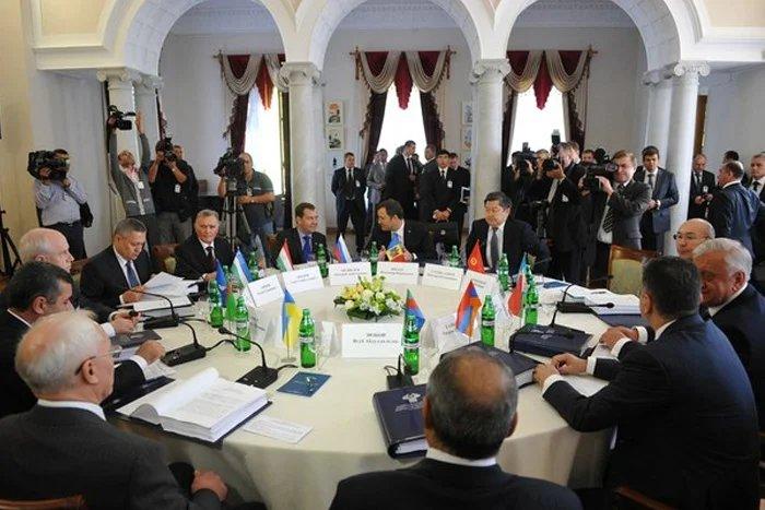 В Минске встретились главы правительств СНГ