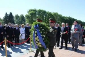 Межпарламентская Ассамблея СНГ почтила память погибших в Великой Отечественной войне