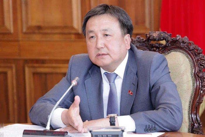 Председатель Жогорку Кенеша Кыргызской Республики Асилбек Жээнбеков подвел итоги работы V сессии Парламента