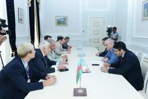 Председатель ЦИК Азербайджанской Республики Мазахир Панахов встретился с наблюдателями от МПА СНГ