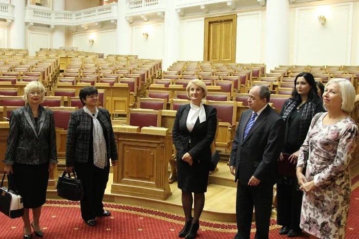 Делегацию парламента Словакии приняли в Таврическом дворце