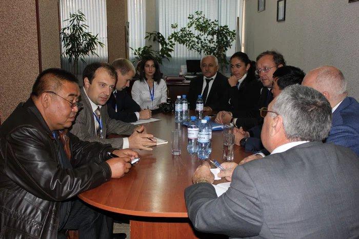 Кандидат от партии «Современный Мусават» встретился с международными наблюдателями