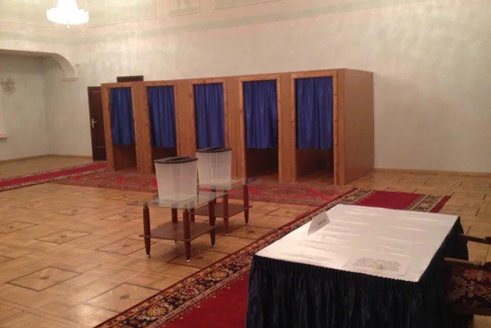 Наблюдатели от МПА СНГ проверили готовность избирательного участка в Москве к выборам Президента Азербайджана