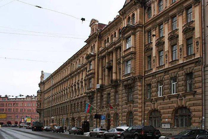 Международные наблюдатели: «Участок в консульстве Азербайджана в Санкт-Петербурге к выборам готов»