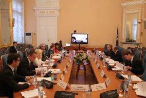 В Таврическом дворце обсуждают государственно-частное партнерство