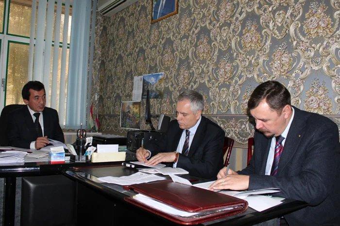 Наблюдатели от МПА СНГ посетили ЦКВР Республики Таджикистан