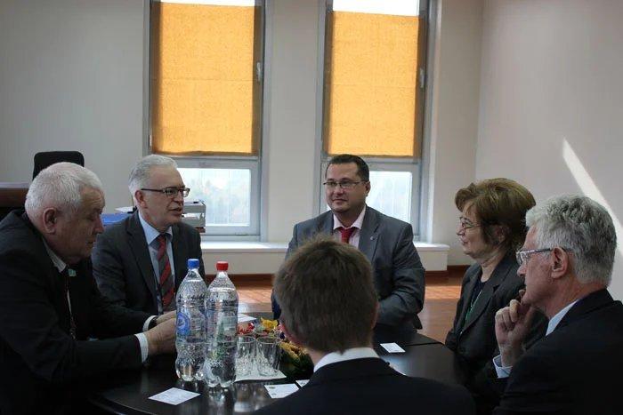 Руководители группы наблюдателей от МПА СНГ встретились с главой миссии БДИПЧ ОБСЕ