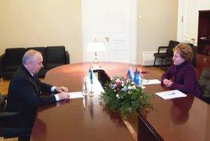 О перспективах сотрудничества говорили Валентина Матвиенко и Владимир Рыбак