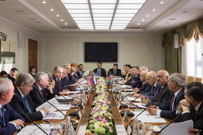 В Москве обсудили сотрудничество парламентов Азербайджана и России