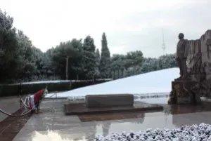 Парламентарии СНГ почтили память Гейдара Алиева