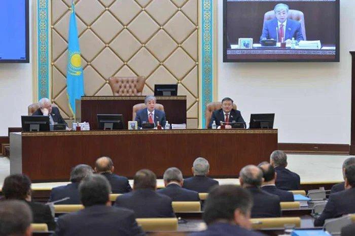Спикер Сената Парламента Республики Казахстан подвел итоги 2013 года