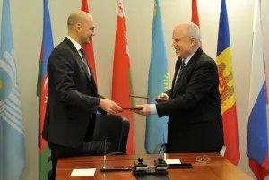 Исполком СНГ и МТРК «Мир» договорились «сверять часы»