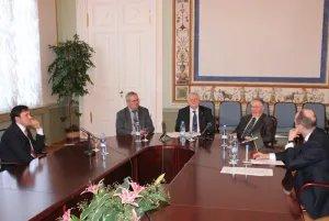 В Таврическом дворце моделируют порядок рассмотрения споров в Третейском суде