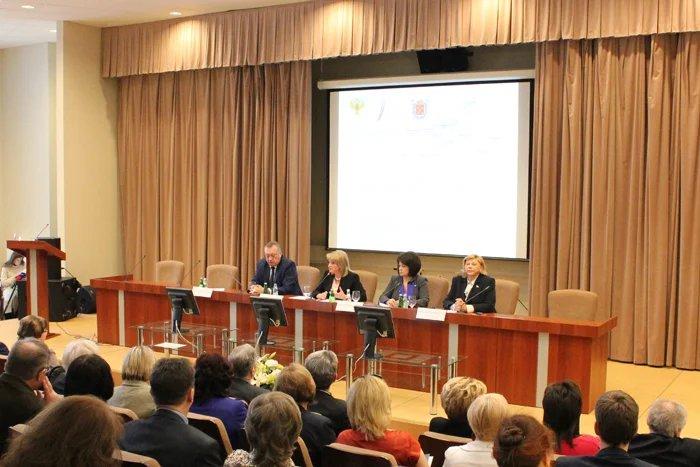 В Парламентском центре МПА СНГ обсуждают лучший опыт регионов СЗФО