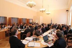 В Таврическом дворце обсуждают безопасность и противодействия новым вызовам и угрозам