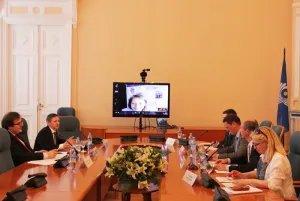 Эксперты обсуждают государственно-частное партнерство
