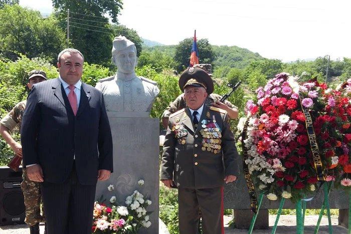 В селе Цав установлен бюст Герою Советского Союза