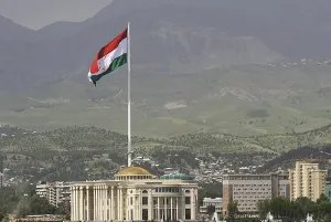 В Республике Таджикистан отмечают День Национального единства