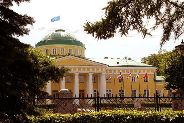 В Таврическом дворце прошли съемки для фильма, посвященного истории «Русского некрополя»