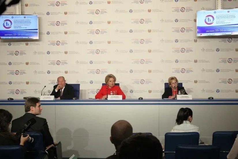 В Таврическом дворце прошла пресс-конференция в рамках Конгресса «Безопасность на дорогах ради безопасности жизни»