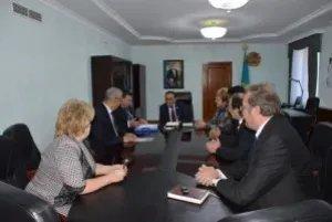Наблюдатели от МПА СНГ провели встречу с секретарем маслихата Астаны Сансызбайем Есиловым
