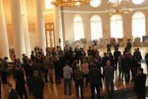 В Екатерининском зале Таврического дворца представлены работы белорусских мастеров живописи