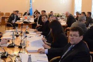Парламентарии и эксперты обсуждают вопросы безопасности