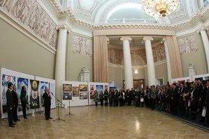 В Таврическом дворце открылась выставка «Пакт Рериха. История и современность»