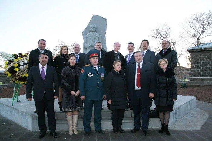 В Армении открыли мемориальный комплекс воинской Славы