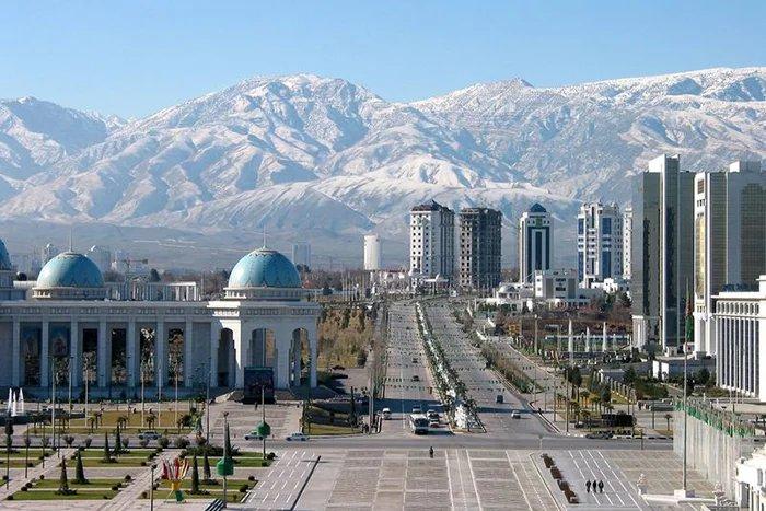 В Ашхабаде начал свою работу Совет глав правительств стран СНГ