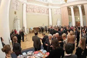 В Таврическом дворце открылась художественная выставка