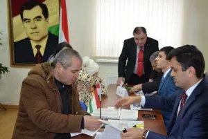 На зарубежном избирательном участке в Минске состоялись выборы депутатов Маджлиси намояндагон Маджлиси Оли Республики Таджикистан